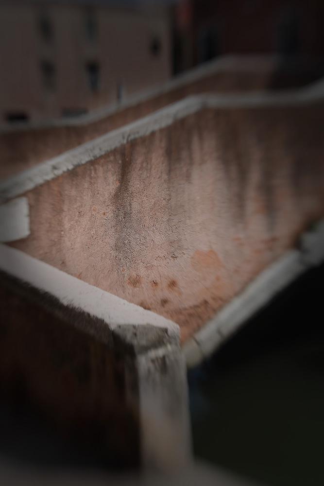 Lost_At_Venice_bridge_2507_klein_bestand